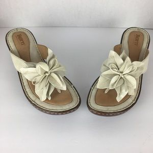 Born Handcrafted Footwear Tan Sandel  Size 7/38